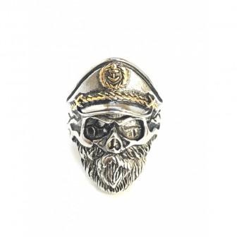 Bague acier tête de mort capitaine BA071